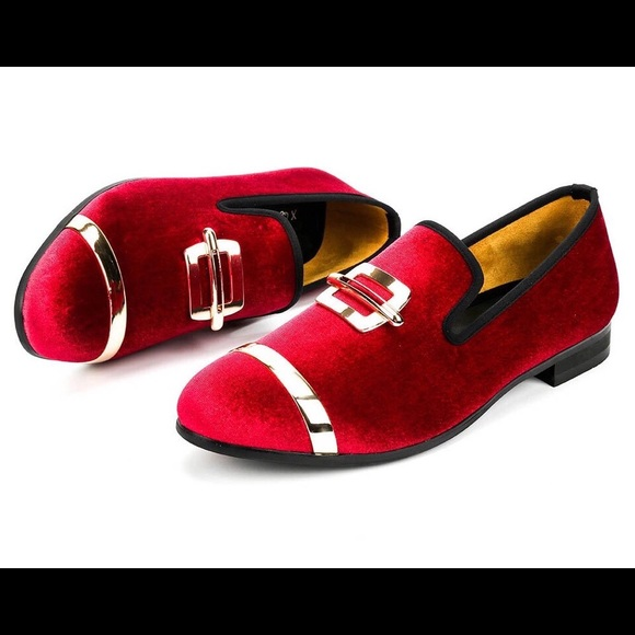 71615451629 Men Wine Red Velvet Loafers. NWT. Nanaloafers
